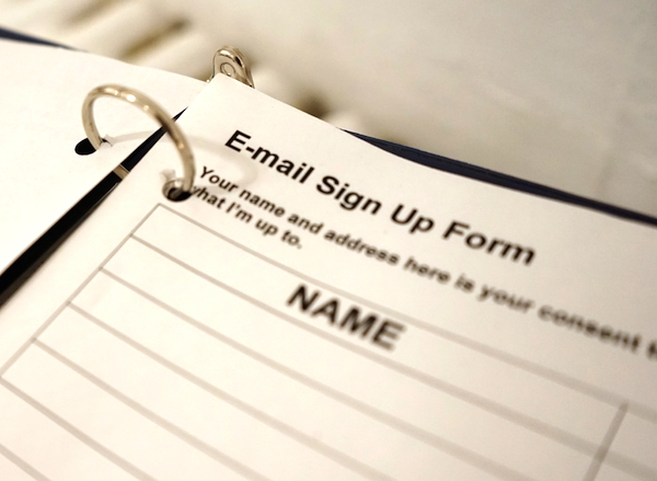 e-mail sign-up picture
